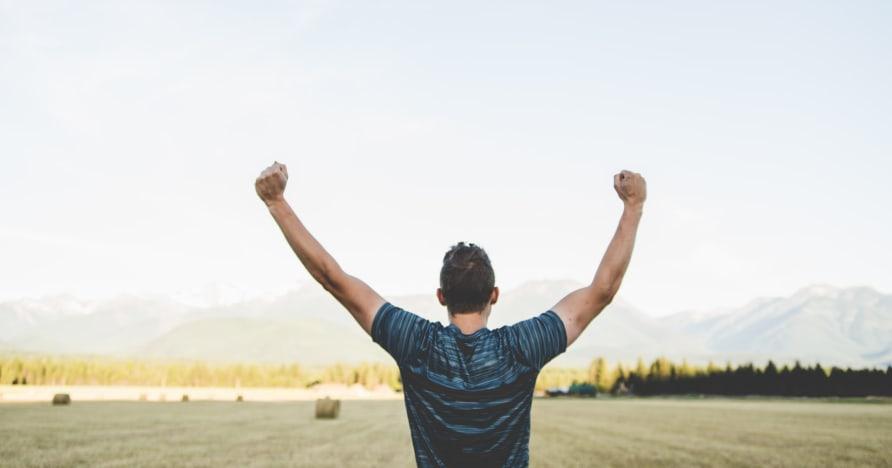 Nikmati Diri Anda Sendiri dan Menangkan Perjudian dengan Tips Ini
