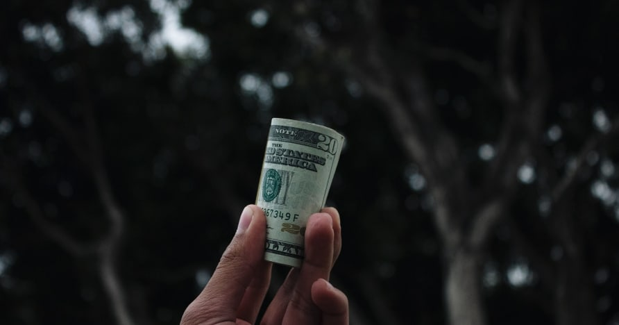 Trik Mengelola Bankroll Kasino Online Anda