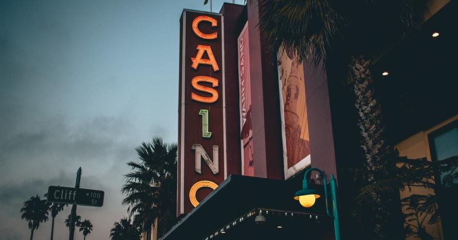 Kasino Online Vs. Kasino Berbasis Darat - Ketahui Manfaatnya
