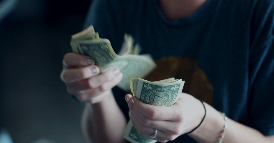 Bagaimana Kasino Menipu Pemain untuk Menghabiskan Lebih Banyak Uang