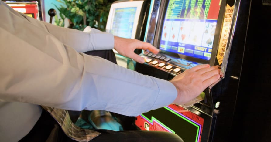 Cara Bermain Video Poker: Panduan Lengkap untuk Pemula